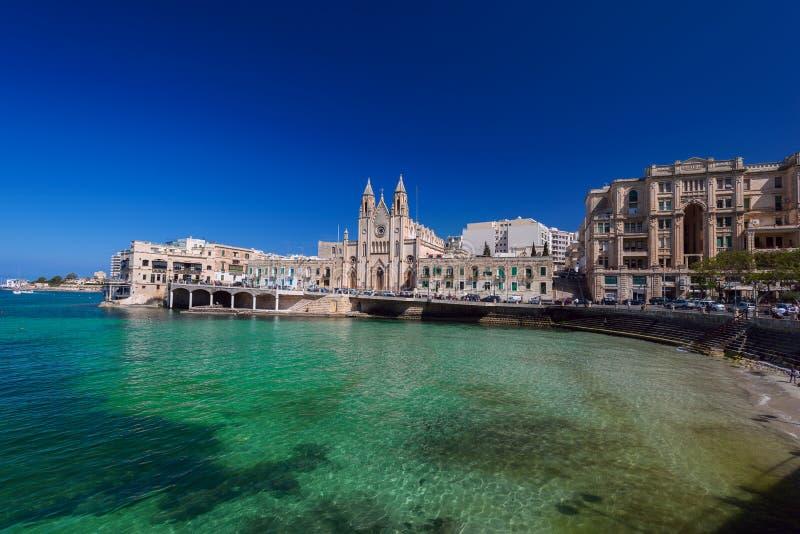 Karmelicki Farny kościół w Balluta zatoce Malta zdjęcie stock