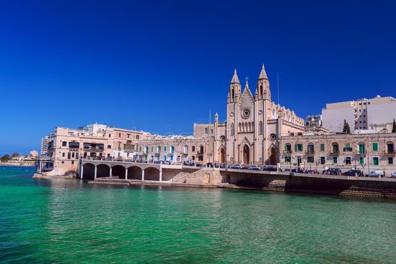 Karmelicki Farny kościół w Balluta zatoki Malta zakończeniu up obraz royalty free