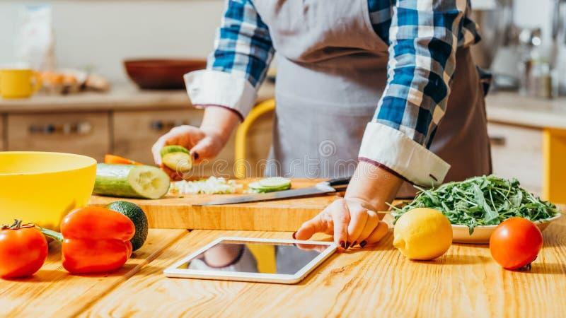 Karmowego przepisu cookery ksi??ki elektroniczna zdrowa dieta zdjęcie stock