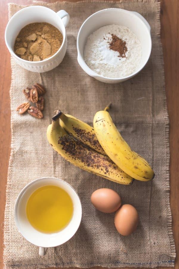 Karmowi składniki dla bananowego chleba fotografia stock