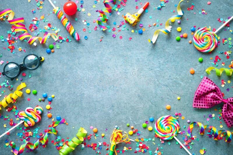 Karneval, Geburtstag oder Party-Hintergrund lizenzfreie stockfotografie