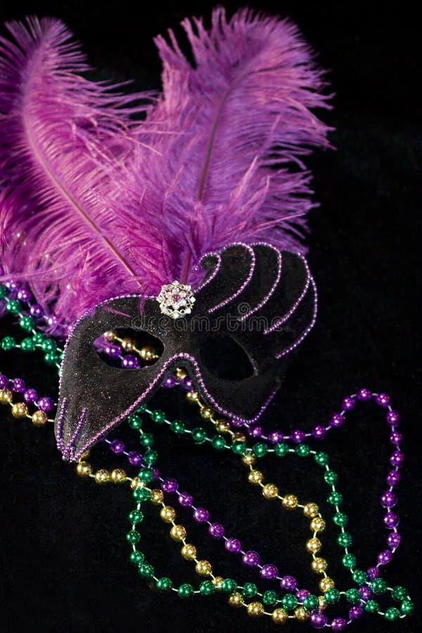 Karneval-Schablone und Korne lizenzfreie stockfotografie