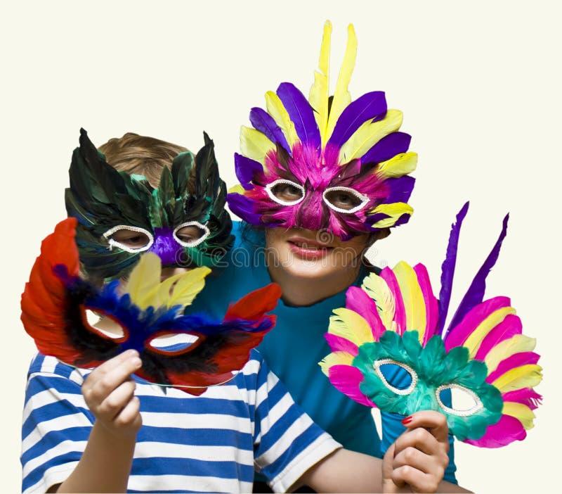 karnevalbarnet maskerar modern arkivfoto