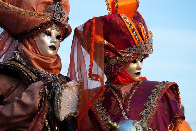 karnevalet maskerar venetian arkivbilder