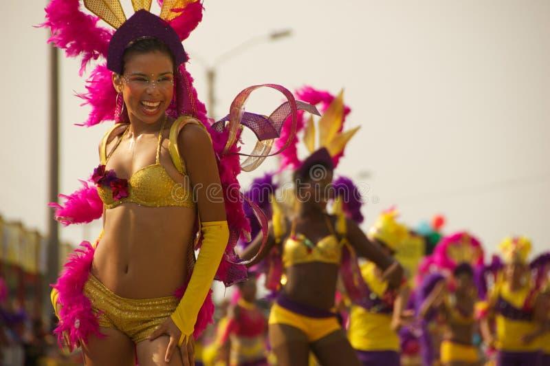 Karnevalsparade in Baranquilla, Kolumbien lizenzfreie stockbilder
