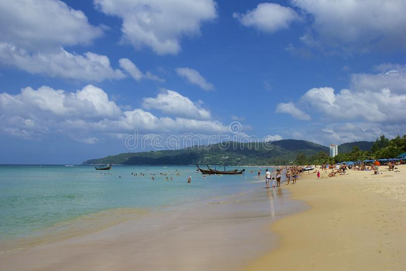 Karon海滩区域在普吉岛,泰国 免版税库存照片