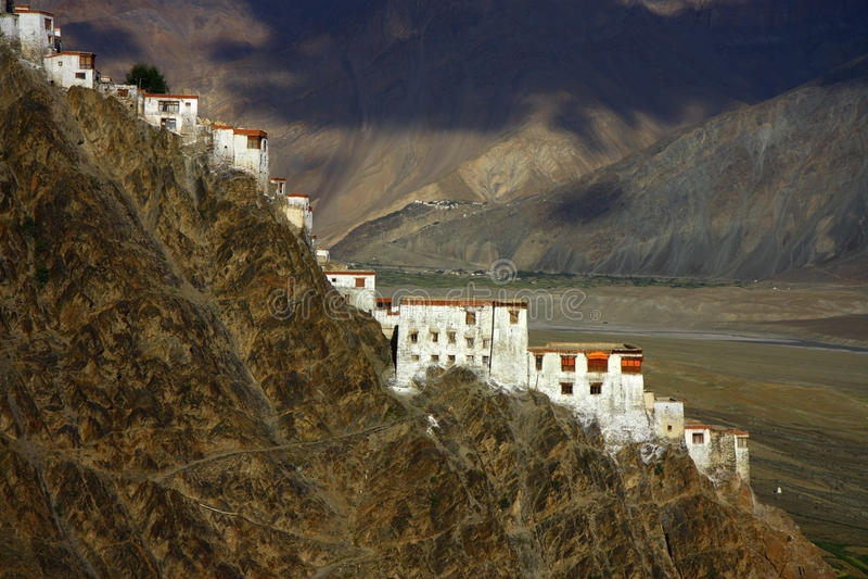 Karsha Kloster in der Zanskar Reichweite stockfotos
