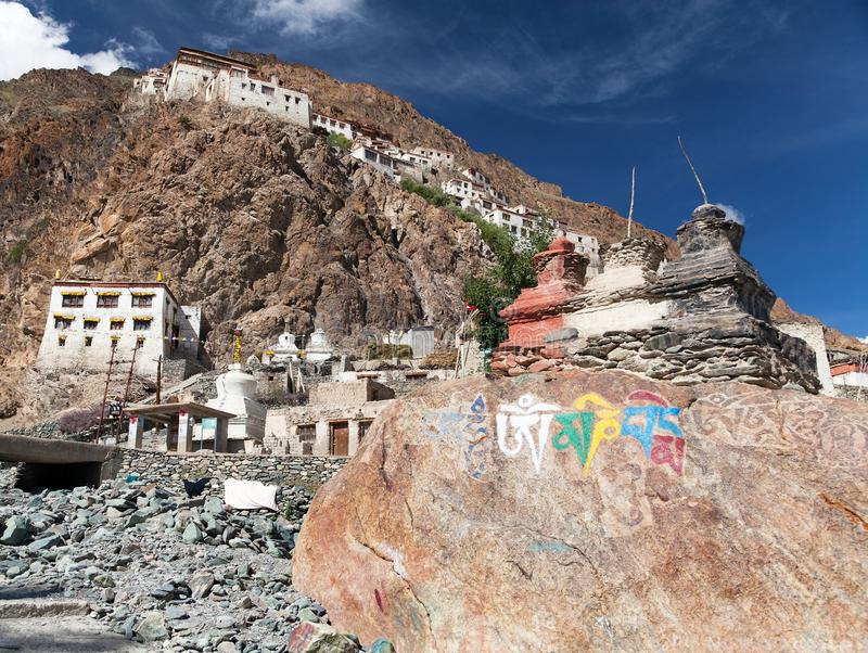 Karshagompa - boeddhistisch klooster in Zanskar-vallei royalty-vrije stock afbeelding