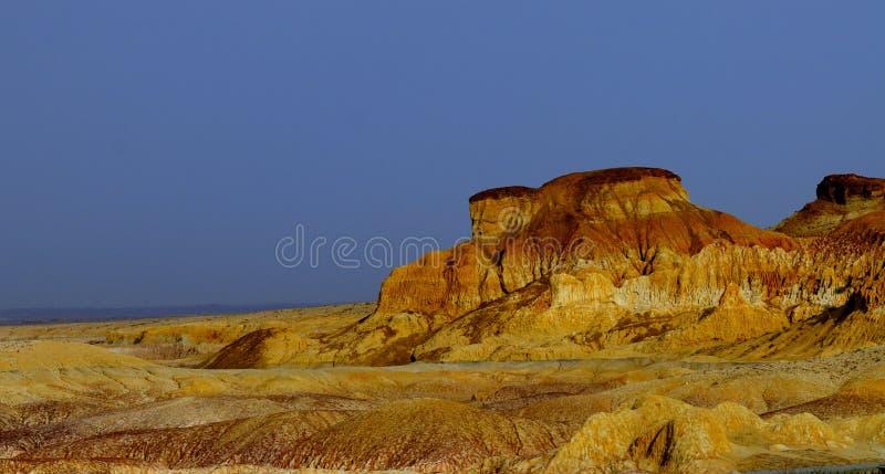 Karst kalksteen stock afbeeldingen