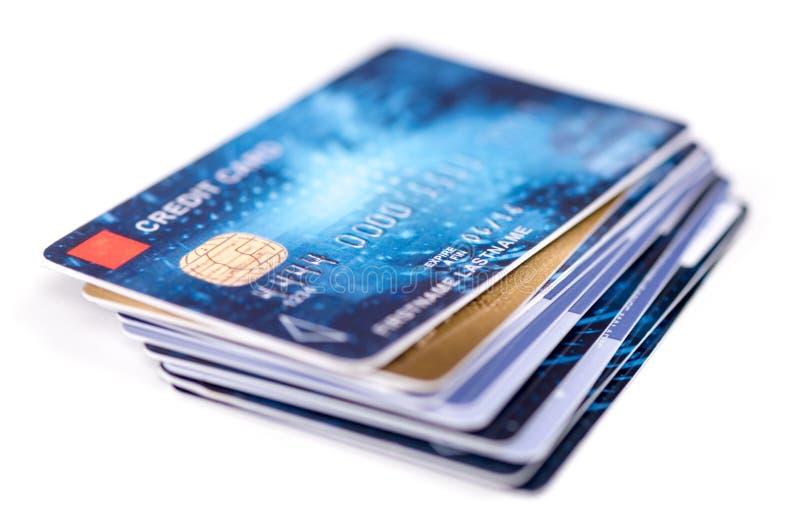 kart pojęcia kredyta głębii pola pieniężna wąska sterta prawdziwa zdjęcie stock