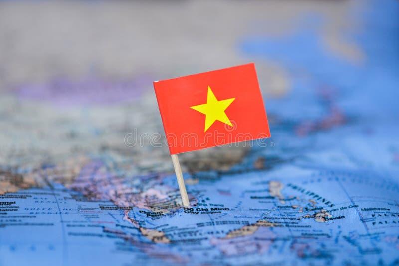 Karte mit Flagge von Vietnam stockbild