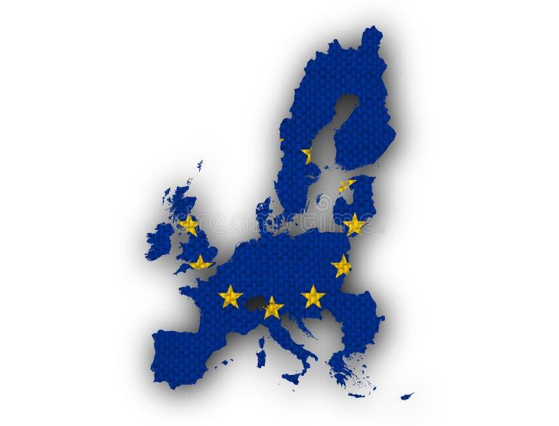 Karte und Flagge der EU auf altem Leinen lizenzfreies stockfoto