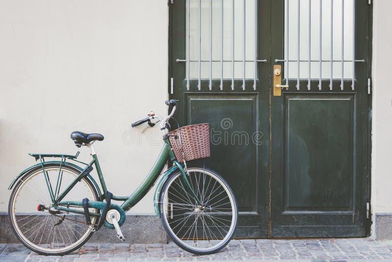 Karte und Muster mit Fahrrad lizenzfreies stockfoto