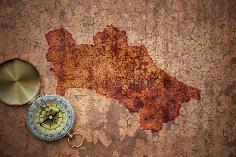 Karte von Turkmenistan auf einem alten Weinlesesprungspapier stockbild