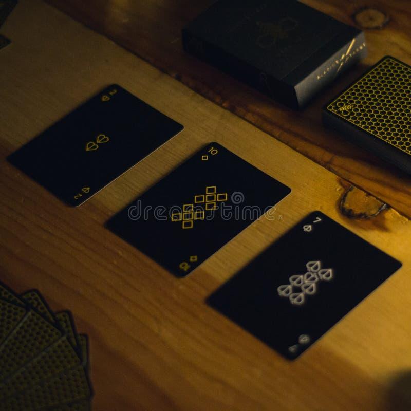 Kartenspielensatz auf Restlicht stockbild
