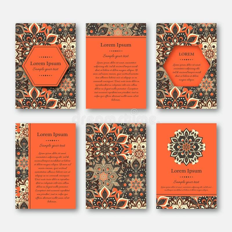 Kartenstapel, Flieger, Broschüren, Schablonen mit Hand gezeichnetem manda vektor abbildung