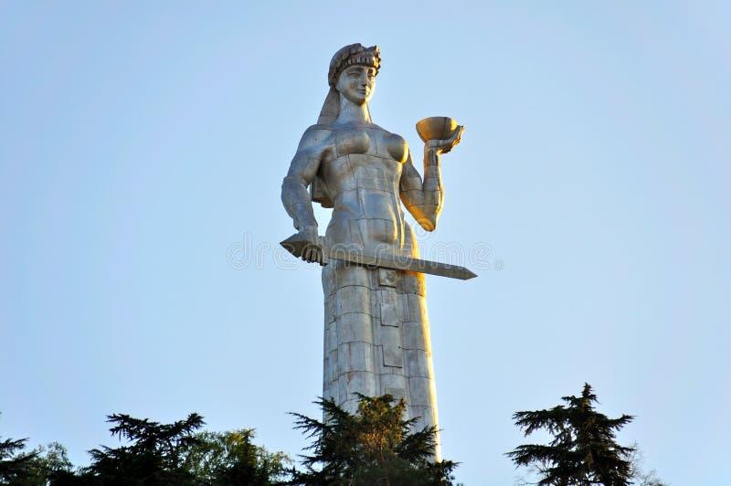 Kartlis Deda monument, Tibilisi Georgia royaltyfria foton