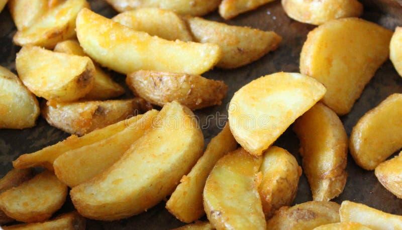 Download Kartoffel stockbild. Bild von abendessen, kartoffel, nahrung - 90226503