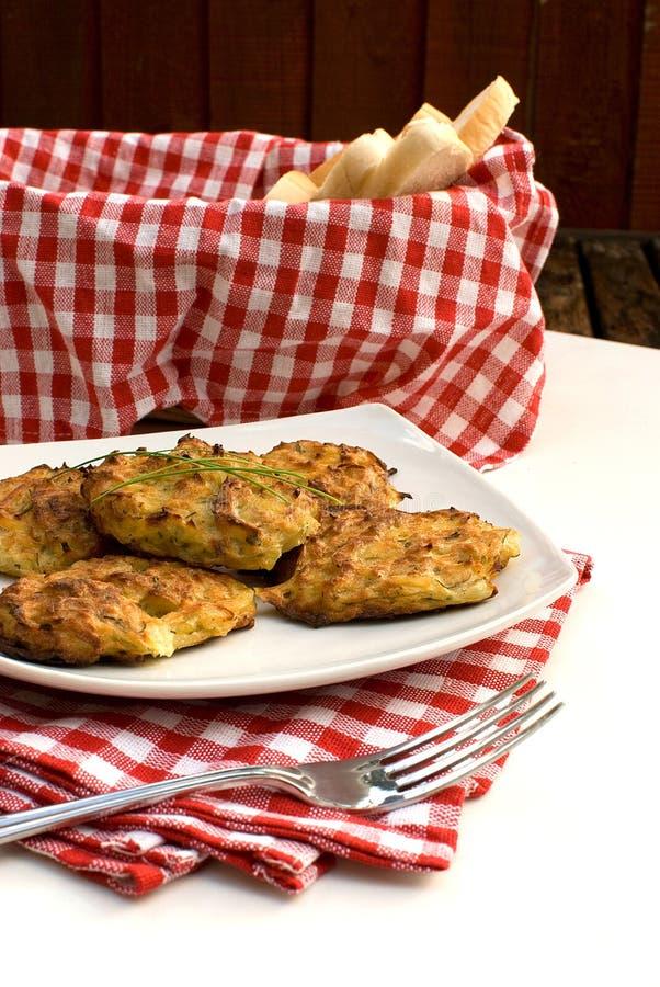 Kartoffelpfannkuchen stockbilder
