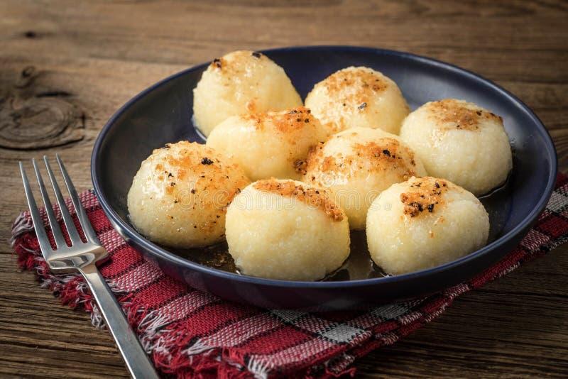 Kartoflane kluchy z mięsem fotografia stock