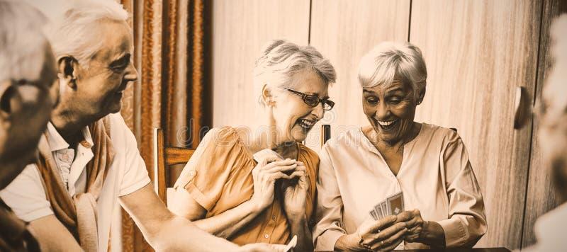 karty bawić się seniorów fotografia stock