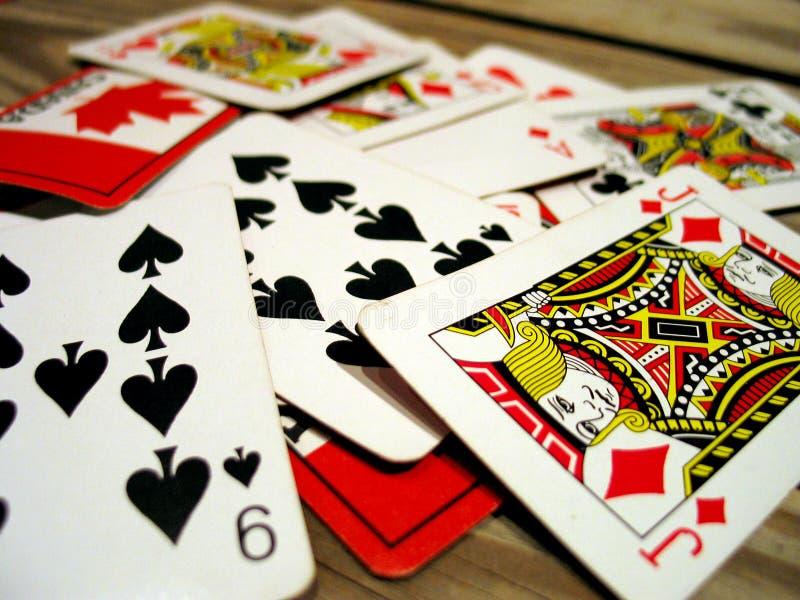 Download Karty grać zdjęcie stock. Obraz złożonej z królewiątka, karty - 48858