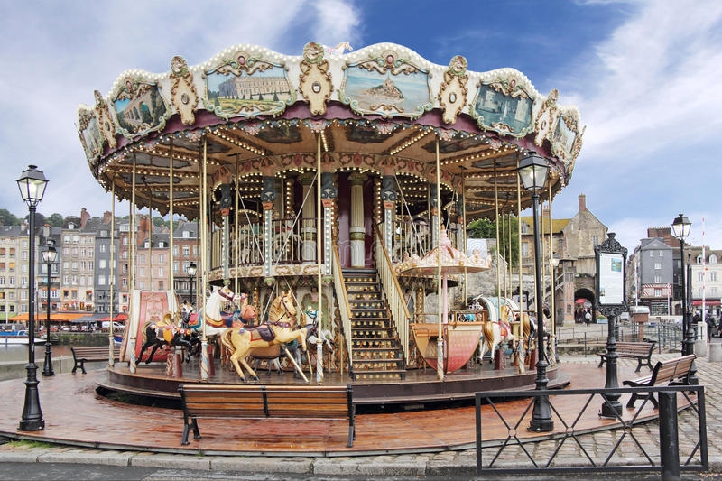 Karusell i Honfleur arkivbild