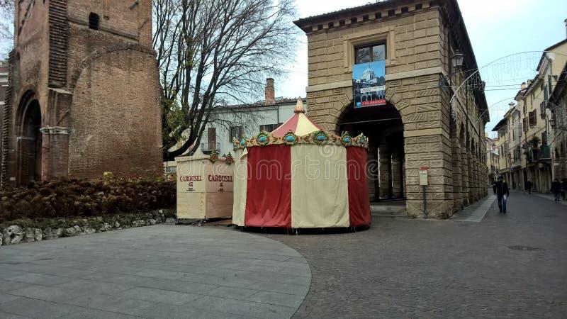 Karussell in Mantua lizenzfreie stockbilder