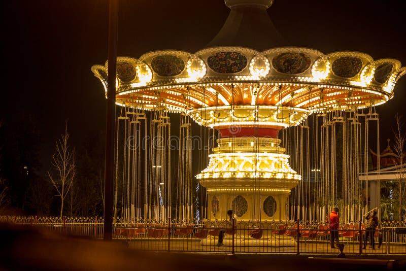 Karussell in Sochi-Park lizenzfreie stockfotografie