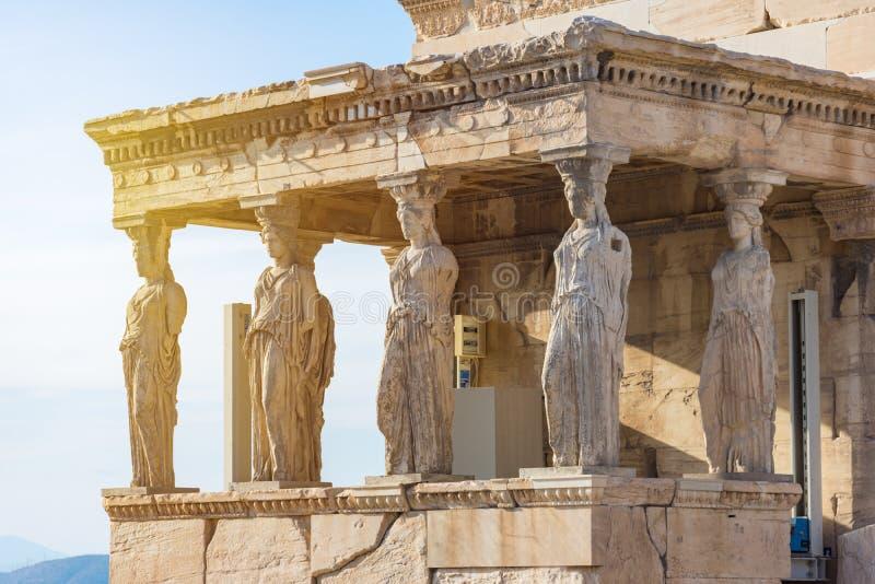 Karyatiderna av Erechtheionen i akropol, Aten Grekland fotografering för bildbyråer