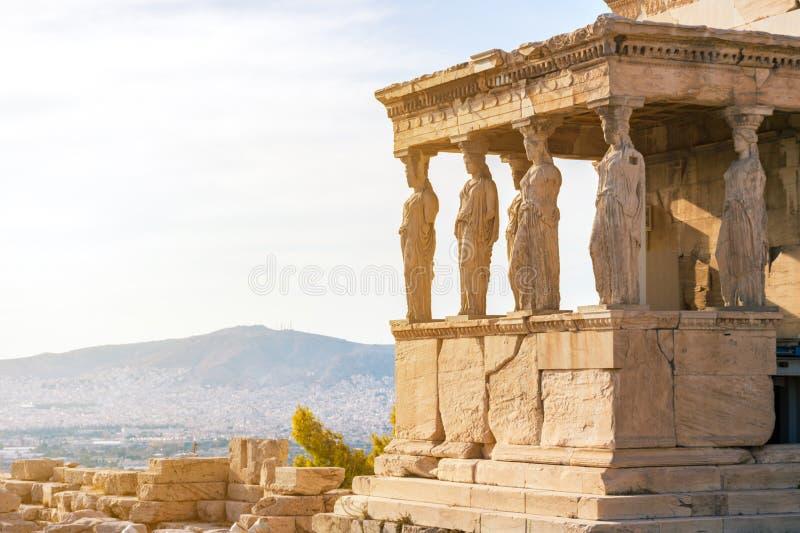 Karyatiderna av Erechtheionen i akropol, Aten Grekland arkivfoton
