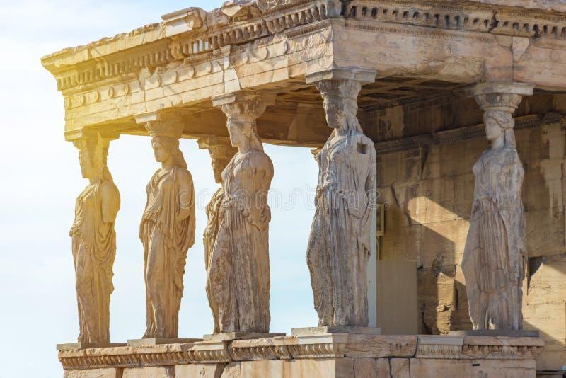 Karyatiderna av Erechtheionen i akropol, Aten Grekland royaltyfria foton