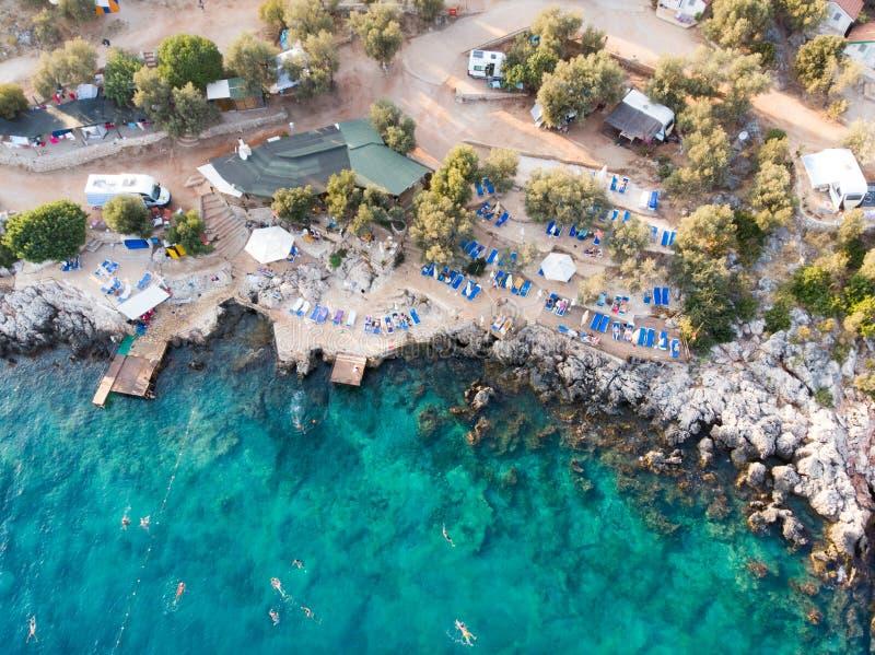 Kas空中寄生虫视图是小渔,潜水,乘快艇和旅游镇在安塔利亚省,土耳其区  免版税库存图片