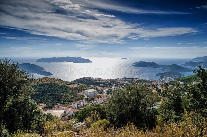 Kas, províncias de Antalya, Turquia - 28 de setembro de 2015: cidade e porto de Kash na costa mediterrânea de Turquia imagens de stock royalty free