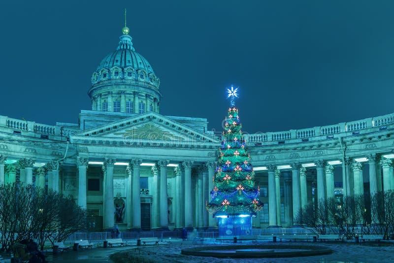Kasan-Kathedrale in St Petersburg, Weihnachten lizenzfreies stockfoto
