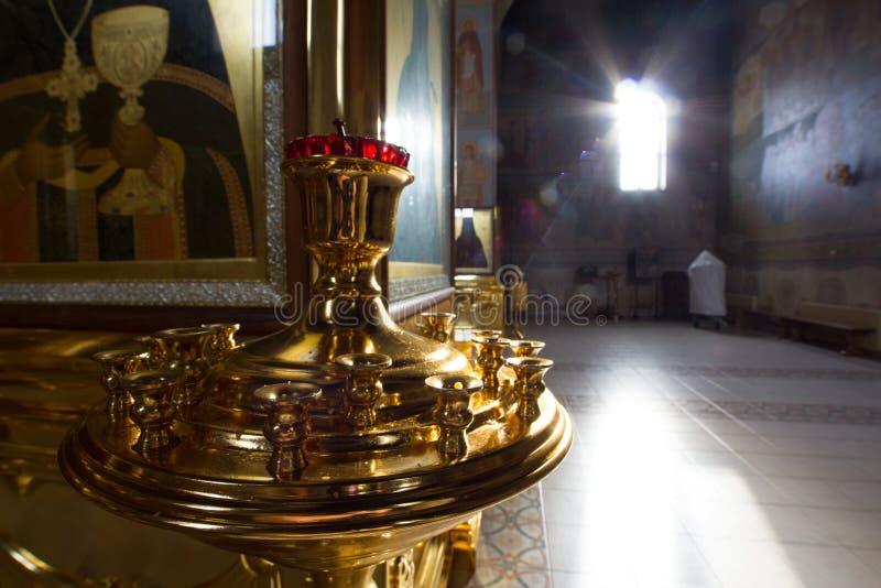 Kasan, Russland am 9. Februar 2017 innere Kirche in Zilant-Kloster - ältestes orthodoxes Gebäude des Zubehörs stockfotos