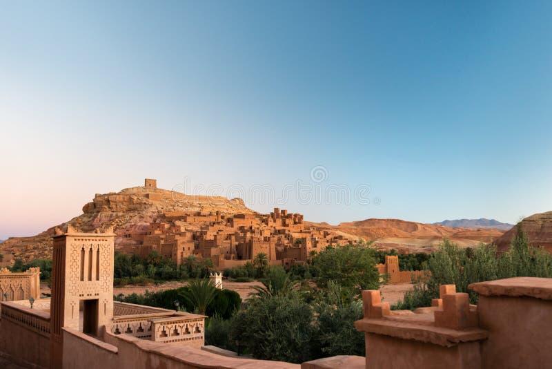 Kasbah Ait Ben Haddou nelle montagne di atlante del Marocco fotografia stock libera da diritti
