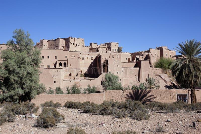 Download Kasbah Taourirt Com O Céu Azul Desobstruído. Imagem de Stock - Imagem de marrocos, argila: 26523177