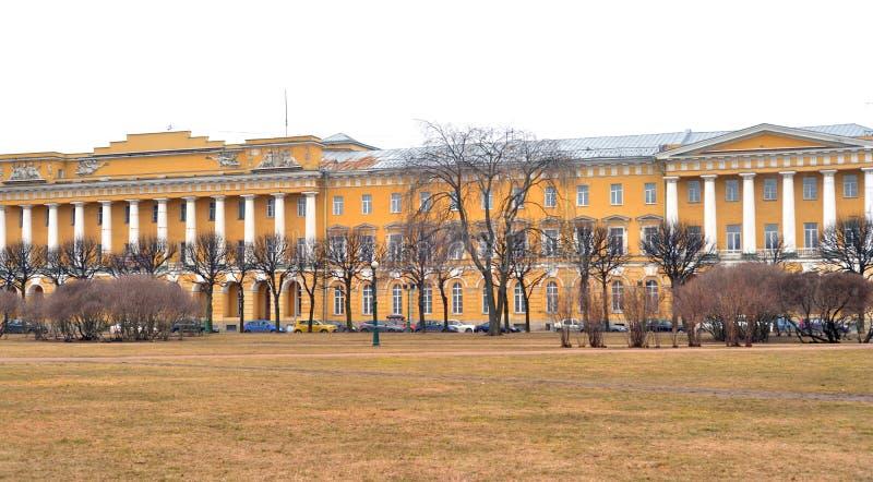 Kasernen des Pavlovsky-Lebengarderegiments stockbilder