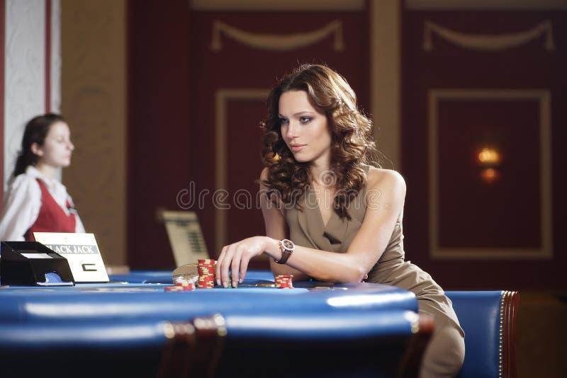 kasinokvinna royaltyfria bilder