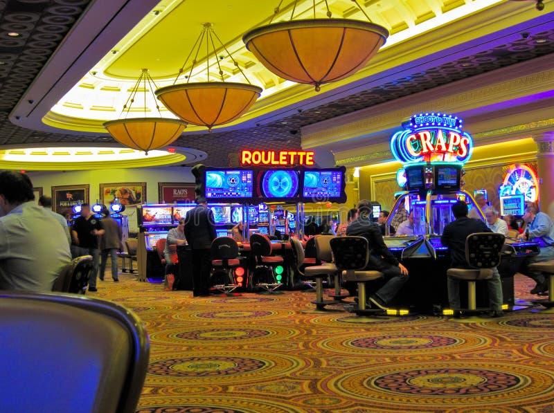 Kasinoroulett och skitar, Las Vegas royaltyfria bilder
