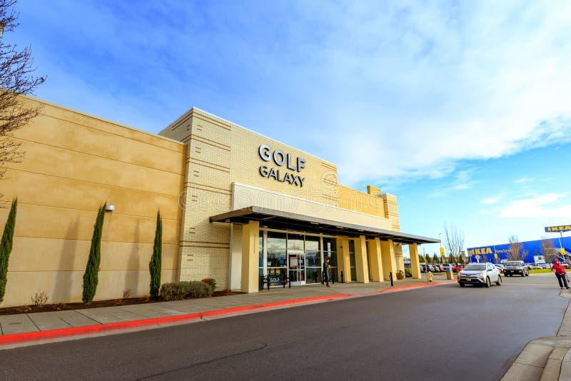 Download Kaskaden-Stations-Einkaufszentrum Am Regnerischen Tag Es Ist In N Redaktionelles Foto - Bild von portland, bereich: 106800201