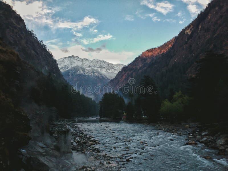 Kasol 2, долина parvati стоковые изображения