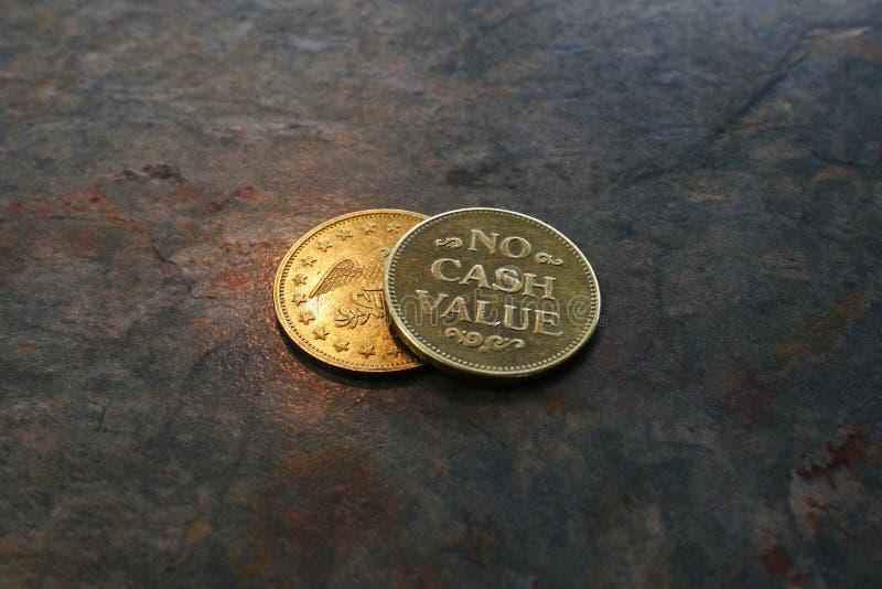 kassa coins inget värde arkivfoto