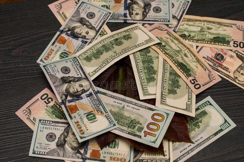 Kassa från US dollar för bakgrund royaltyfria bilder