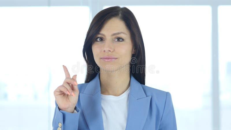 Kassera erbjudande, genom att vinka fingret, förnekande, inte royaltyfria foton