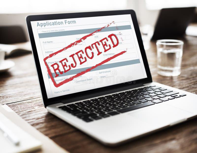 Kasserat gått ned formbegrepp för negativt dokument royaltyfria foton