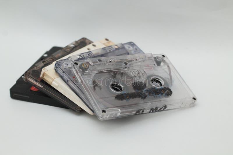 Kassettband, är en parallell magnetisk bandning, version 5 arkivfoton