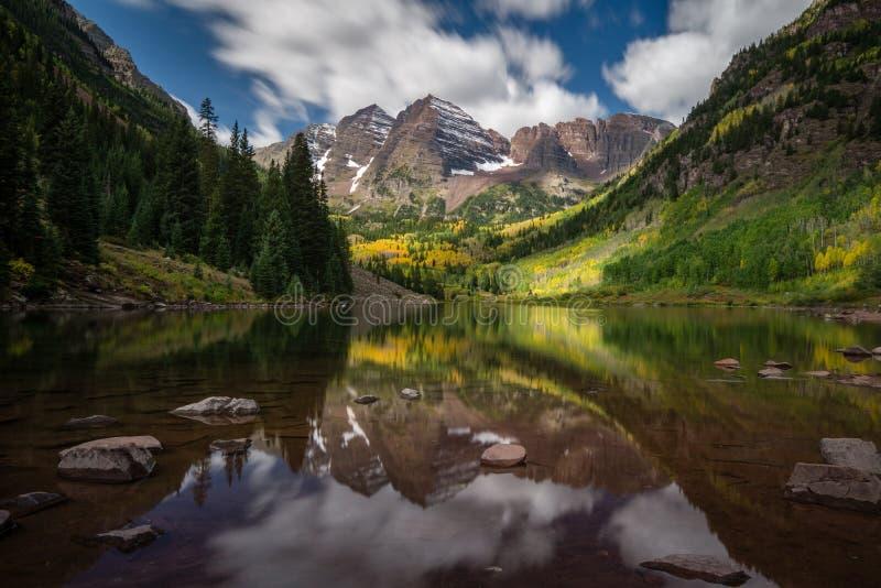 Kastanienbrauner See - Colorado stockfotografie