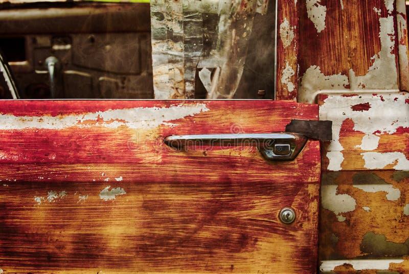 Kastat Jeep Pickup Door och handtag fotografering för bildbyråer
